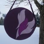 Trommeltasche aubergine mit Flammen in violett und lila, mit Sonnen-Quilting