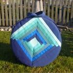 Trommeltasche mit Streifen in diversen Blau, mit Quiltspirale