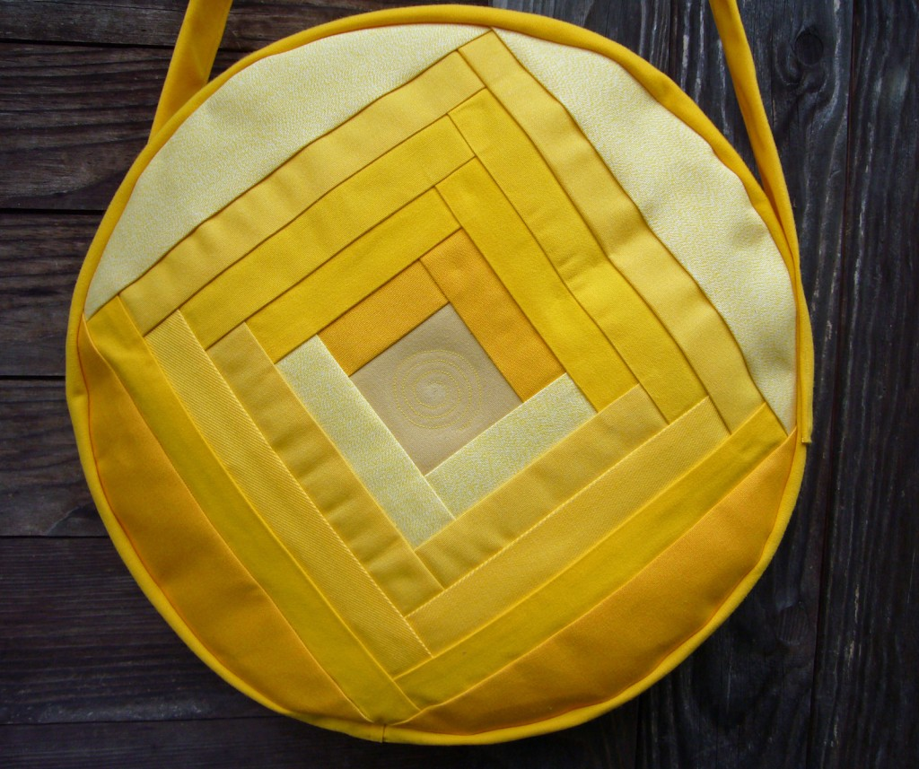Trommeltasche mit Streifen in gelb und Quiltspirale (01)