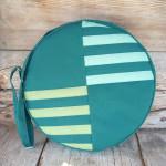 Trommeltasche mit Streifen in grün