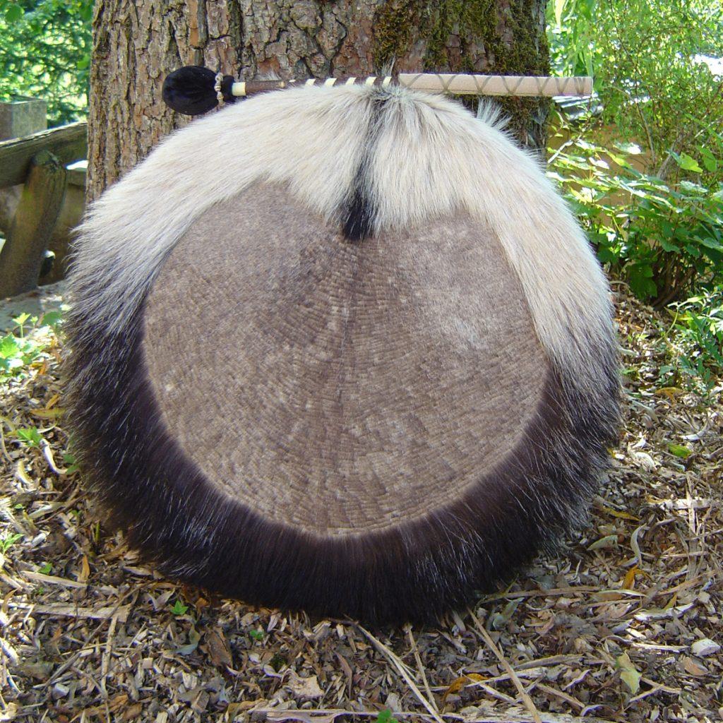 Schamanentrommel-aus-Ziege-schwarz-weiss-31.