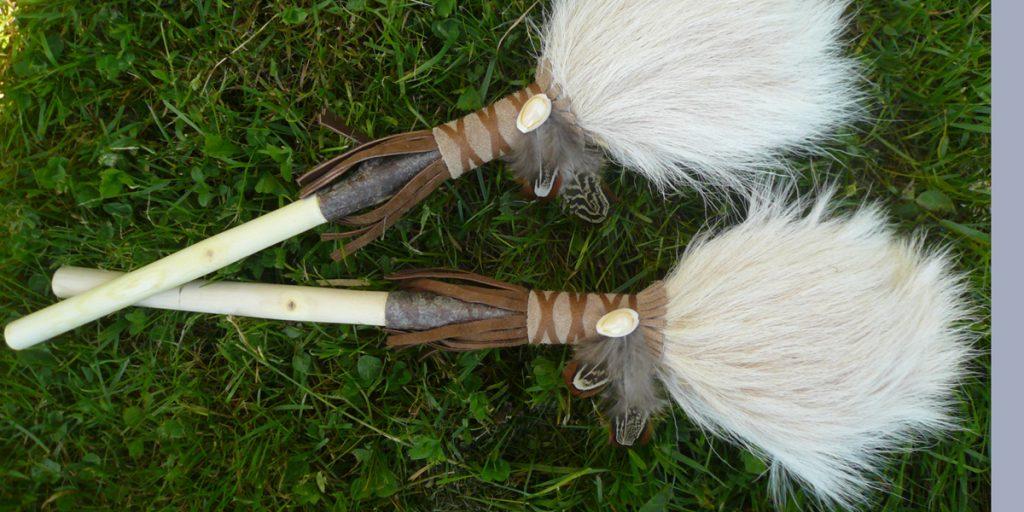 Schamanenrassel-Paar-aus Ziege-09